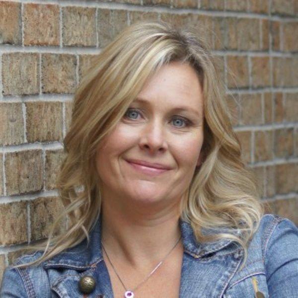 Sue Kwiecien, Educator and Founder