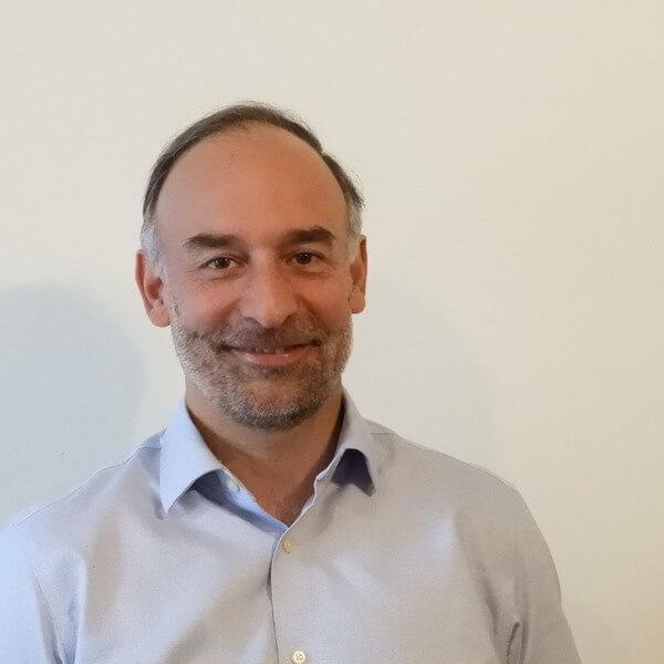 Eugenio Severin, director ejecutivo de Tu clase, tu país