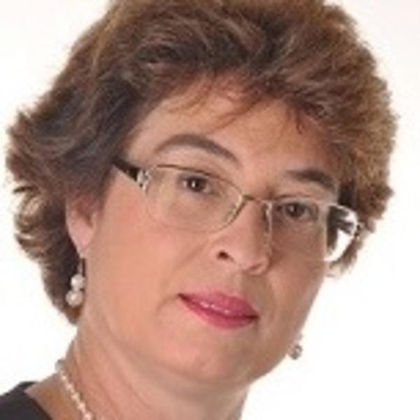 Marize Lyra Silva Passos