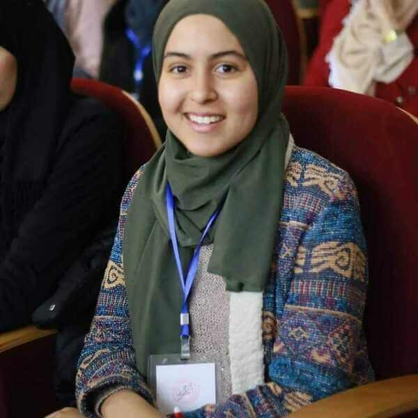 Amina  Benlouanas