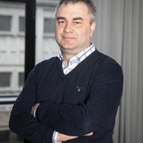 Dr. David Claivaz